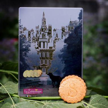 La boîte de petits sablés songe majestueux Chambord