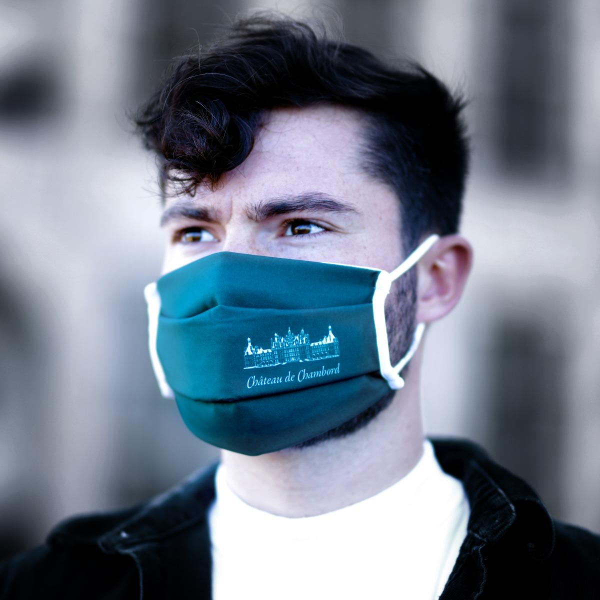 Masque en tissu vert lavable
